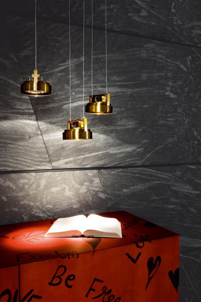 Work Light Sospensione MA 05 is an hanging spotlight in burnished brass