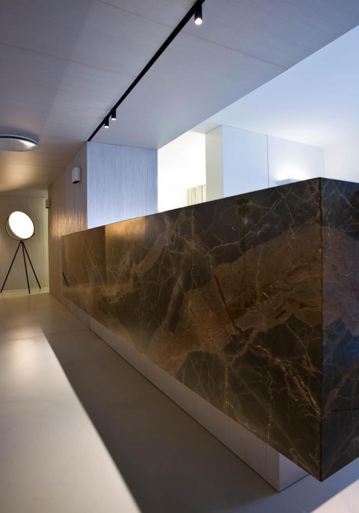 laurameroni luxury and elegant corporate modern design office desk in marble
