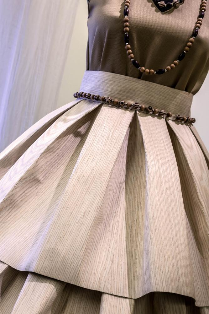 Wooden dress gown and necklace accessories