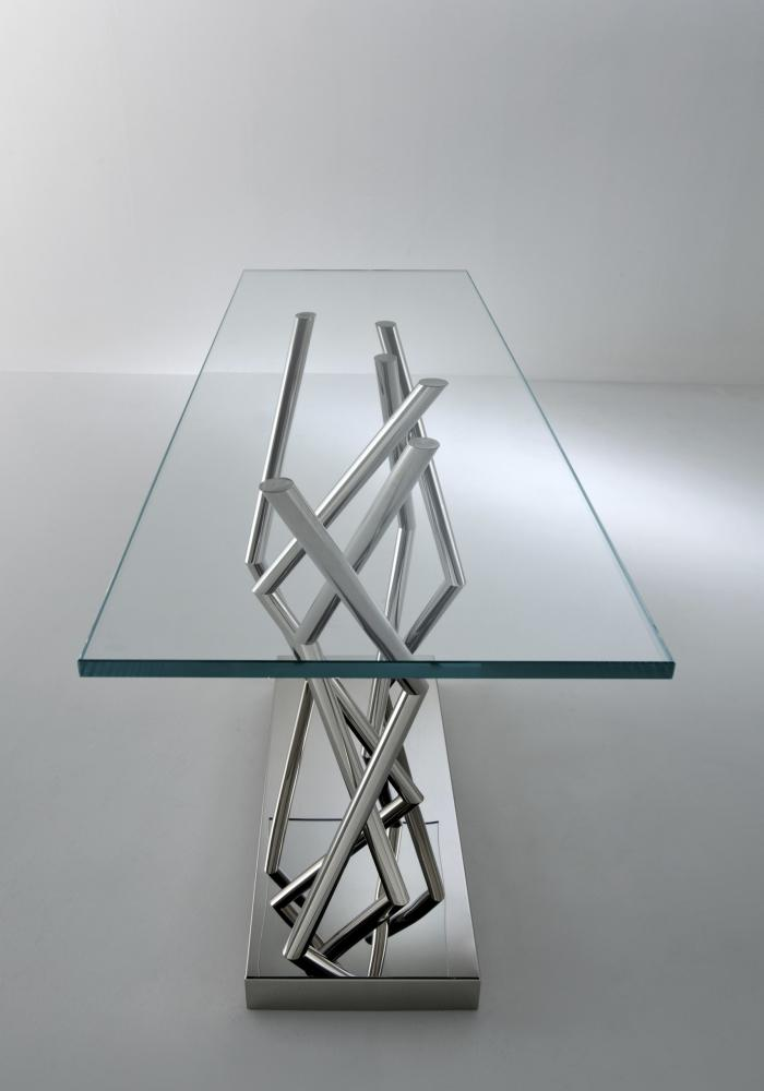 Tables and low tables by Ettore Sottsass and Associati for Laurameroni in glass and steel for a contemporary and luxury interior design and decor