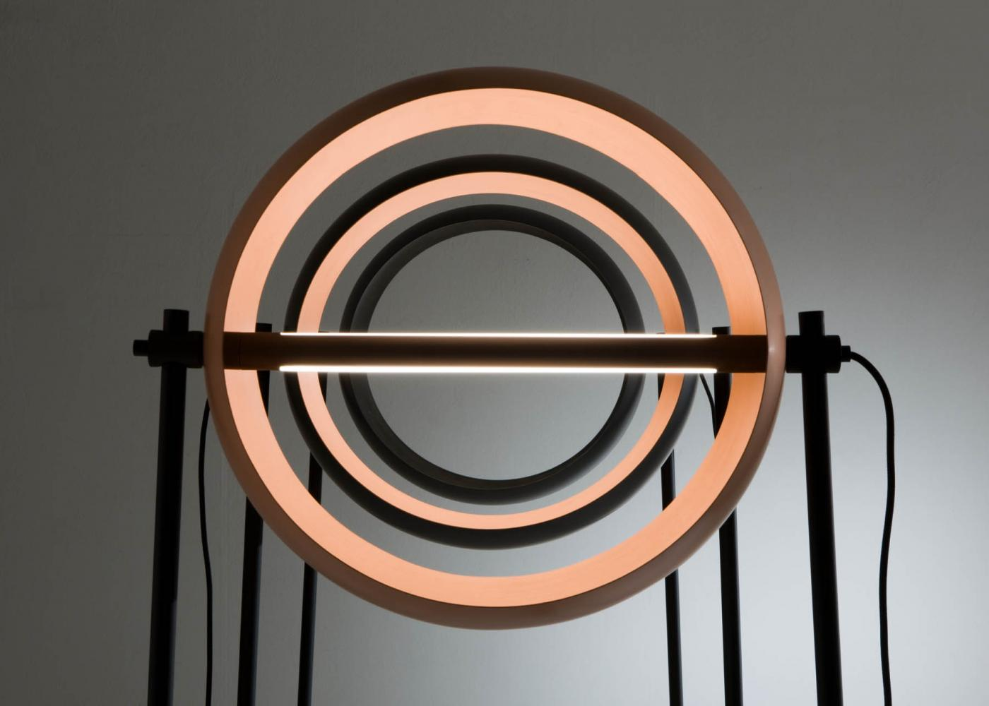 laurameroni globe floor led lamp by edoardo colzani in copper metal and black iron detail