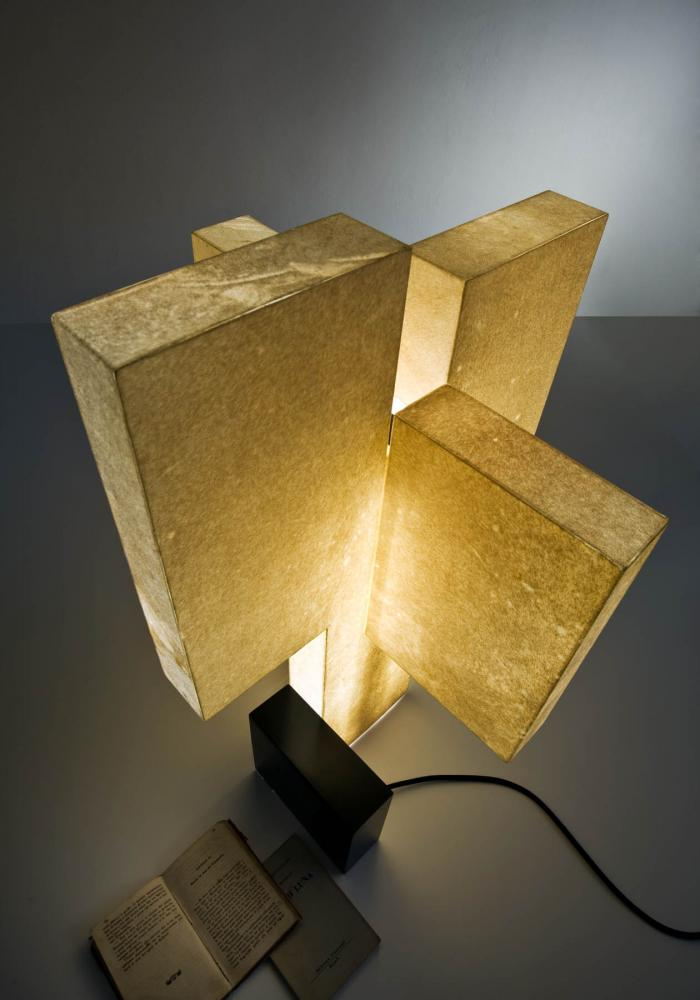 Novecentotrenta Luxury led table lamp in parchment