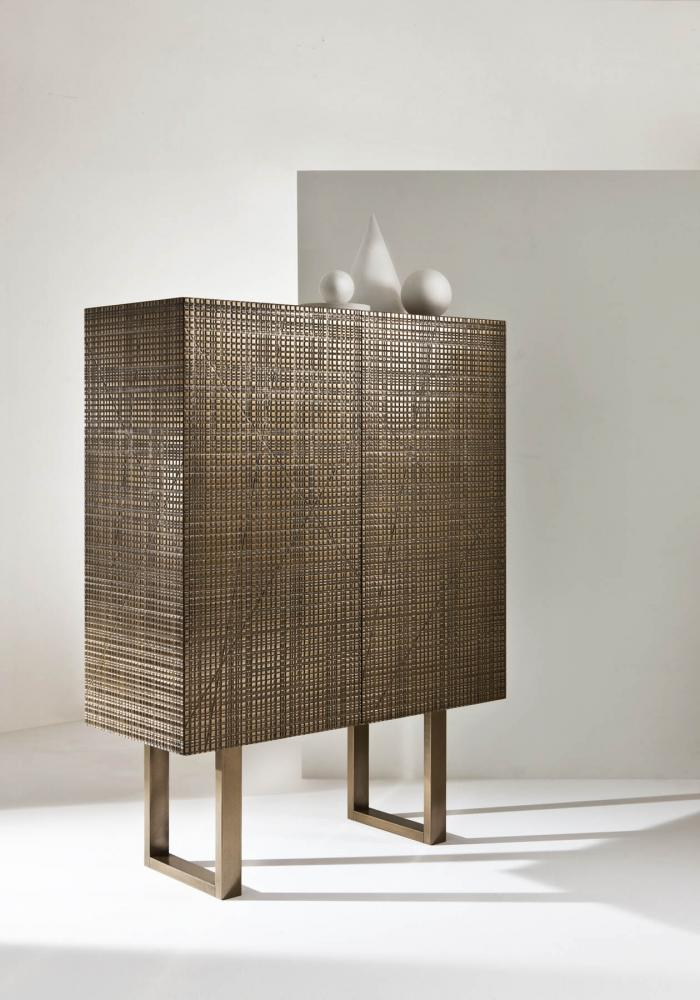 High sideboard with Maxima surface in bronze liquid metal finish