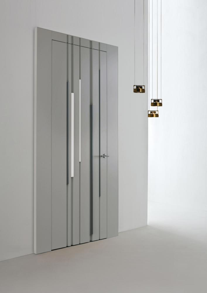 Luxury custom made lacquered door with round profiles