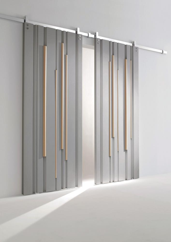 Luxury custom made lacquered sliding door with round profiles