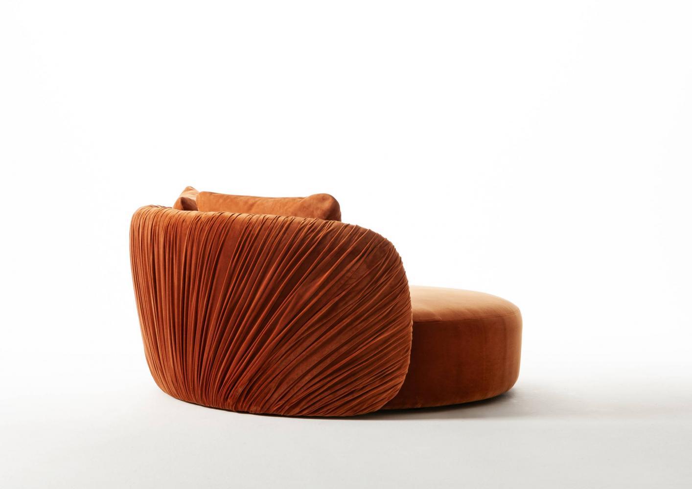 Drapè Round leather or velvet luxuxy rounded sofa with handmade pleats design