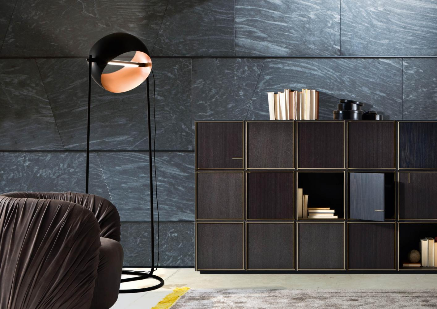 ambient of laurameroni globe floor led lamp by edoardo colzani in copper metal and black iron