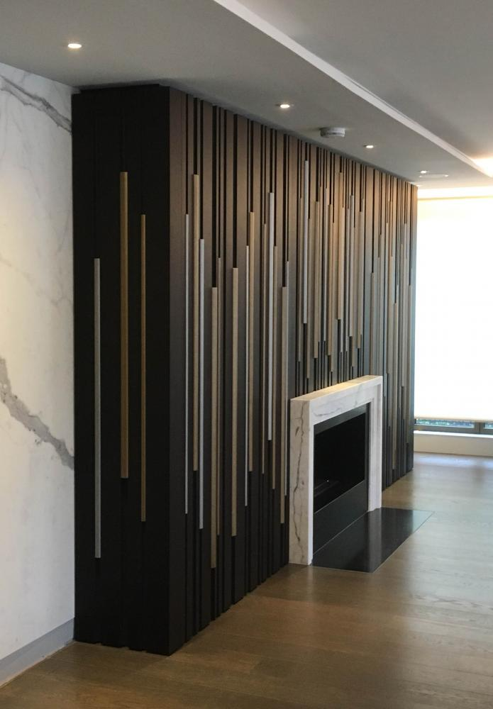 Laurameroni furnishes a luxury flat in London with boiserie Bamboo wall panels for a modern interior design