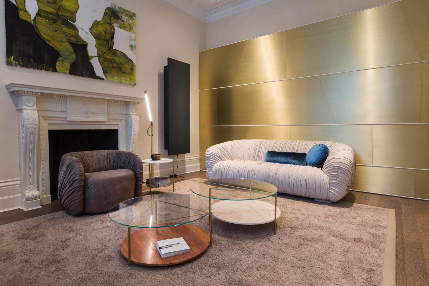 laurameroni showflat in london with drapè collection sofa and lounge and  echo low tables in marble