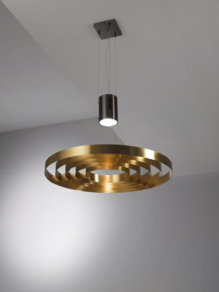 Modern luxury round chandelier in brass.