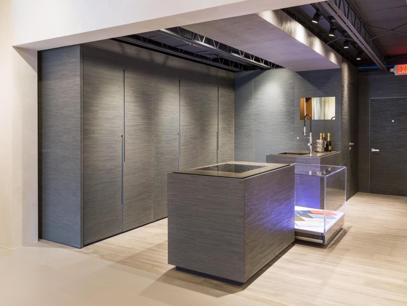 laurameroni bellagio bespoke modern kitchen in aniline dyed wood