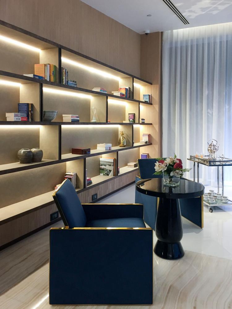 Mumbai Lodha Altamount interior design, modern and luxury wall panels by Laurameroni