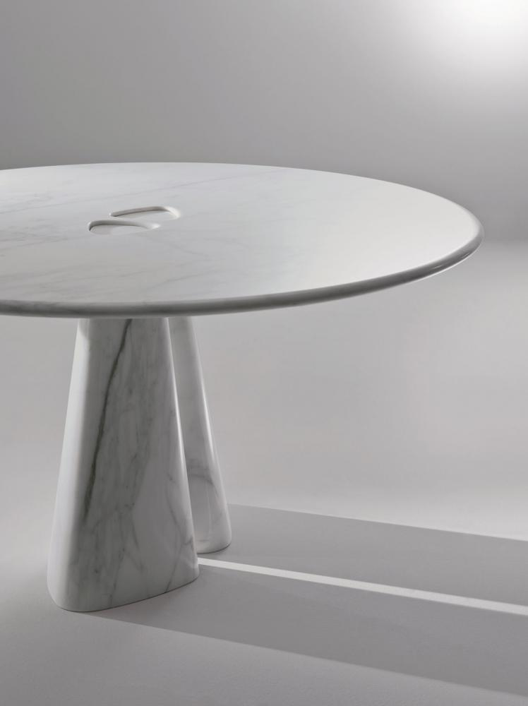 Modern round solid marble table in calacatta gold
