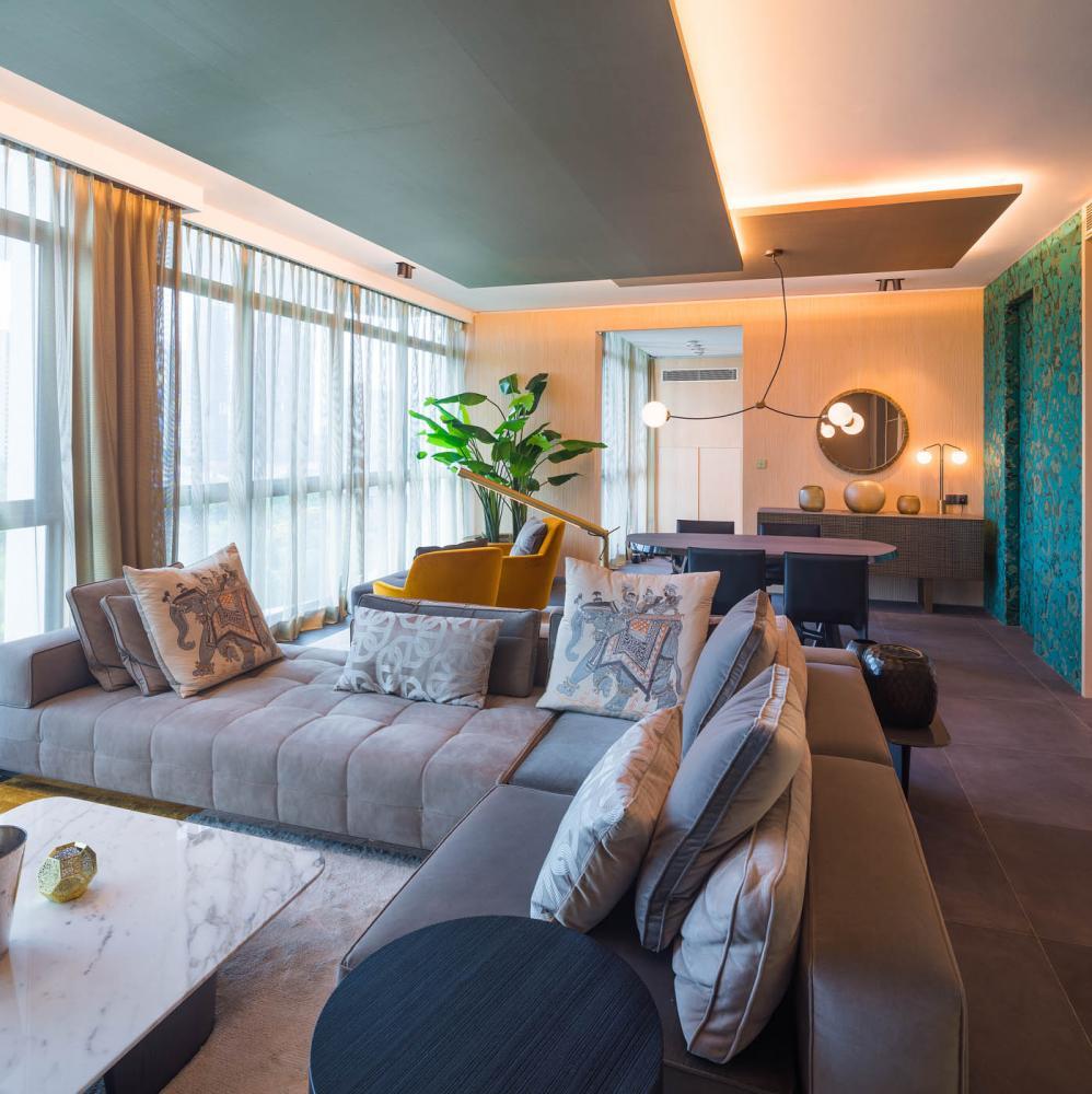singapore penthouse modern design with bespoke furniture by laurameroni