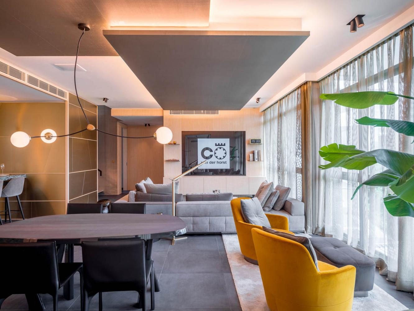 singapore penthouse modern design with bespoke furniture by laurameroni