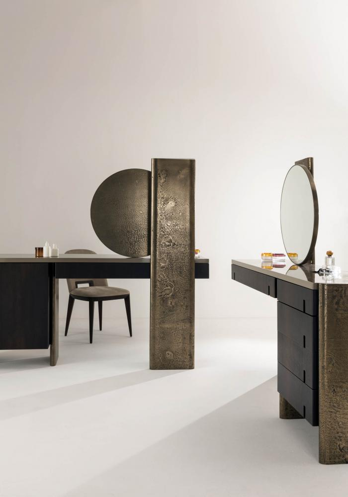 Luxury vanity console table with round mirror
