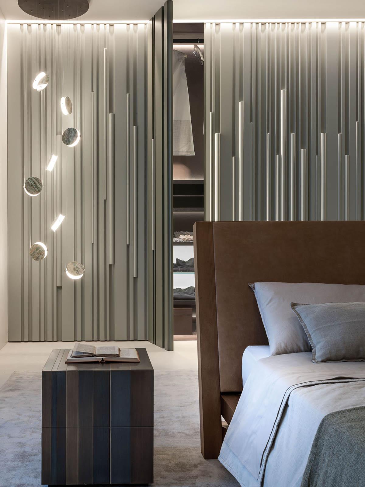 Legno Laccato Su Misura bamboo - armadio su misura in legno laccato con ante
