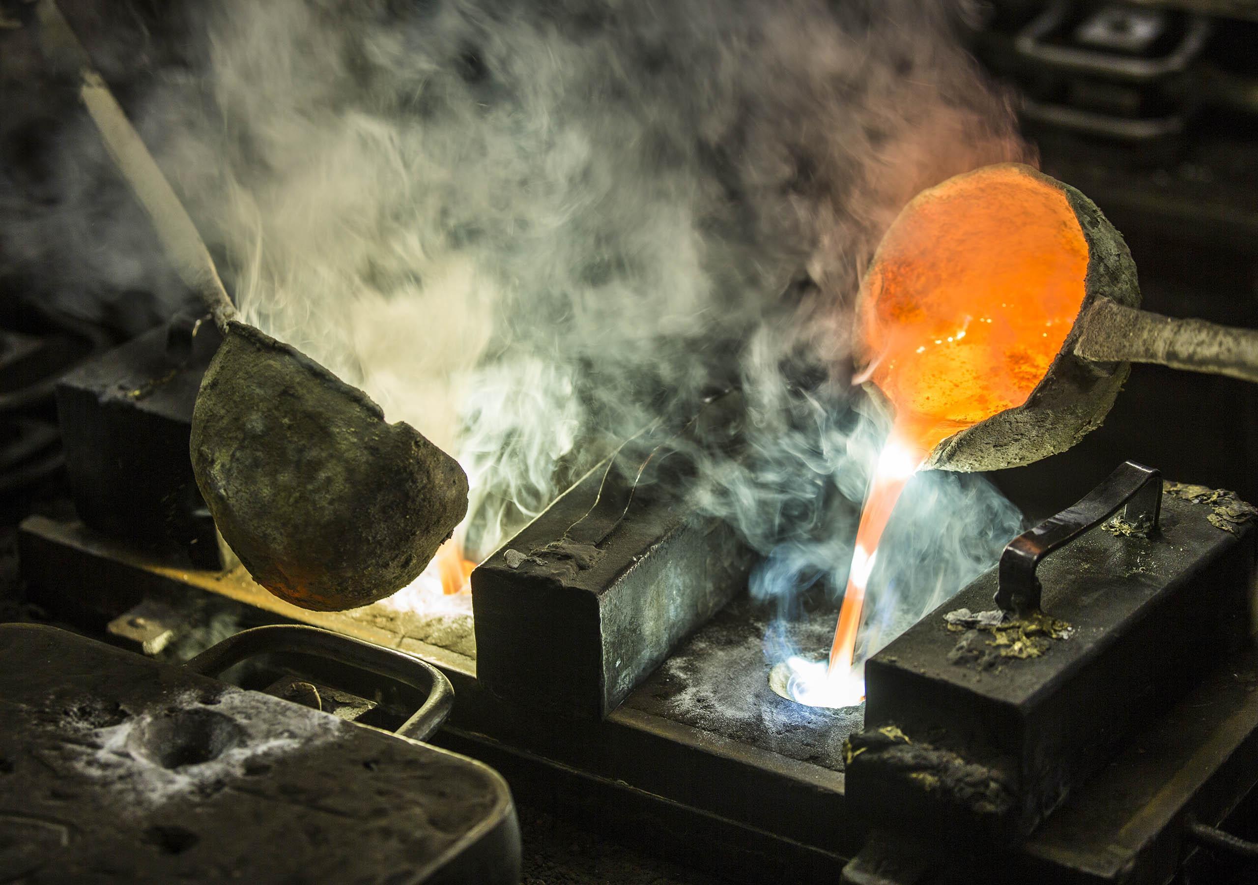 laurameroni production detail casting metal